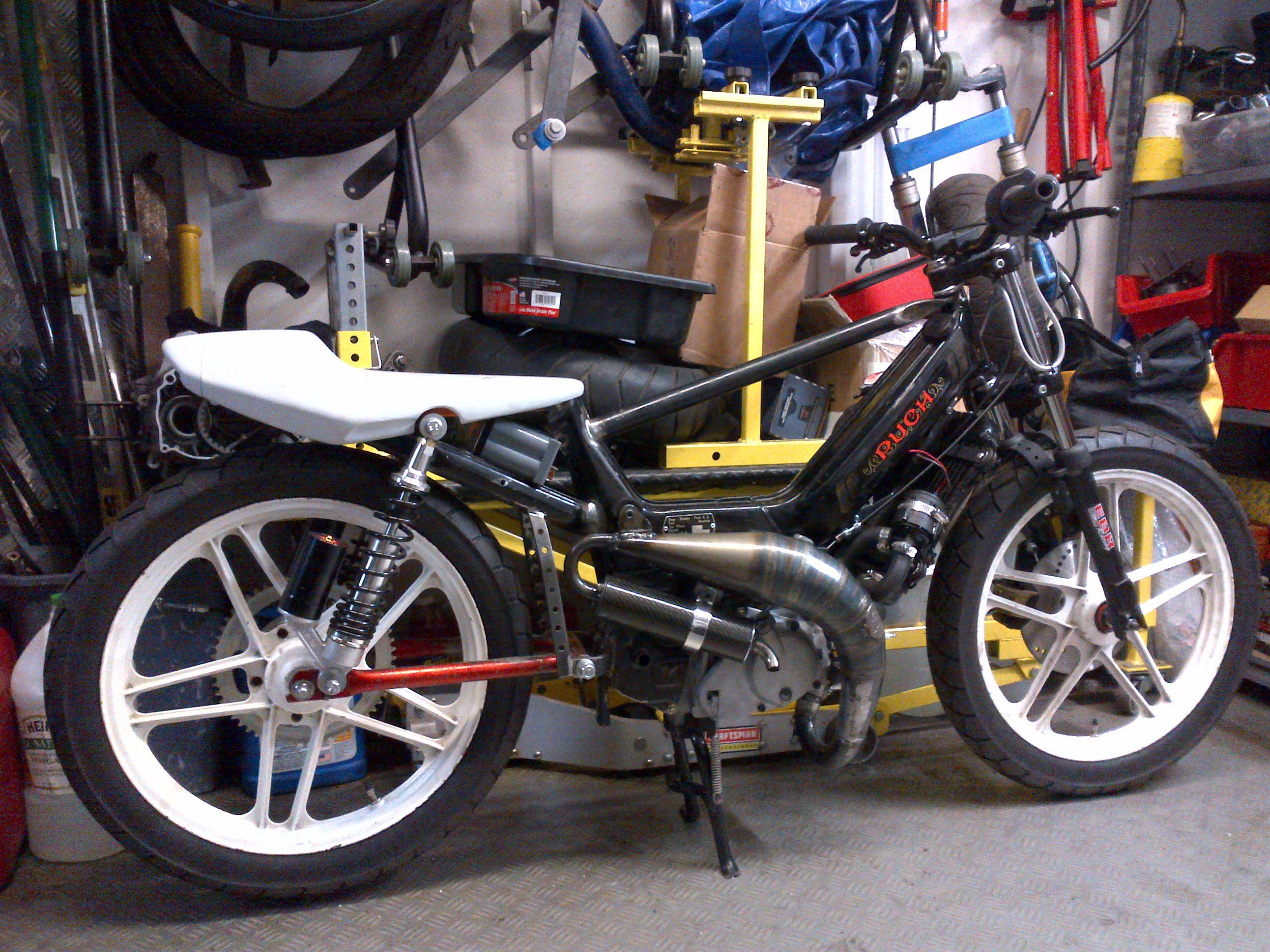 50cc h2o minarelli cases inducted done with the pipe and Car Tuning