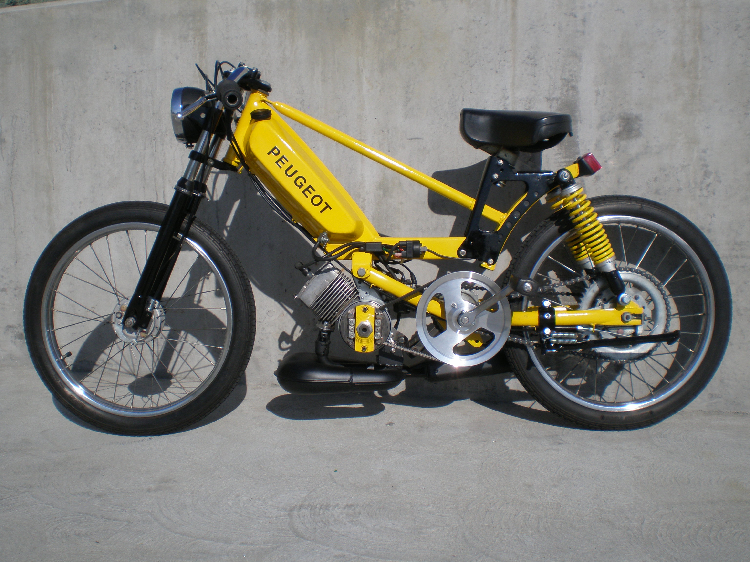 custom moped | tomahawk mopeds | page 26