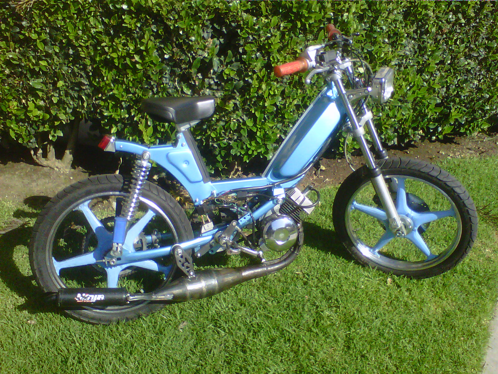 custom moped | tomahawk mopeds | page 22