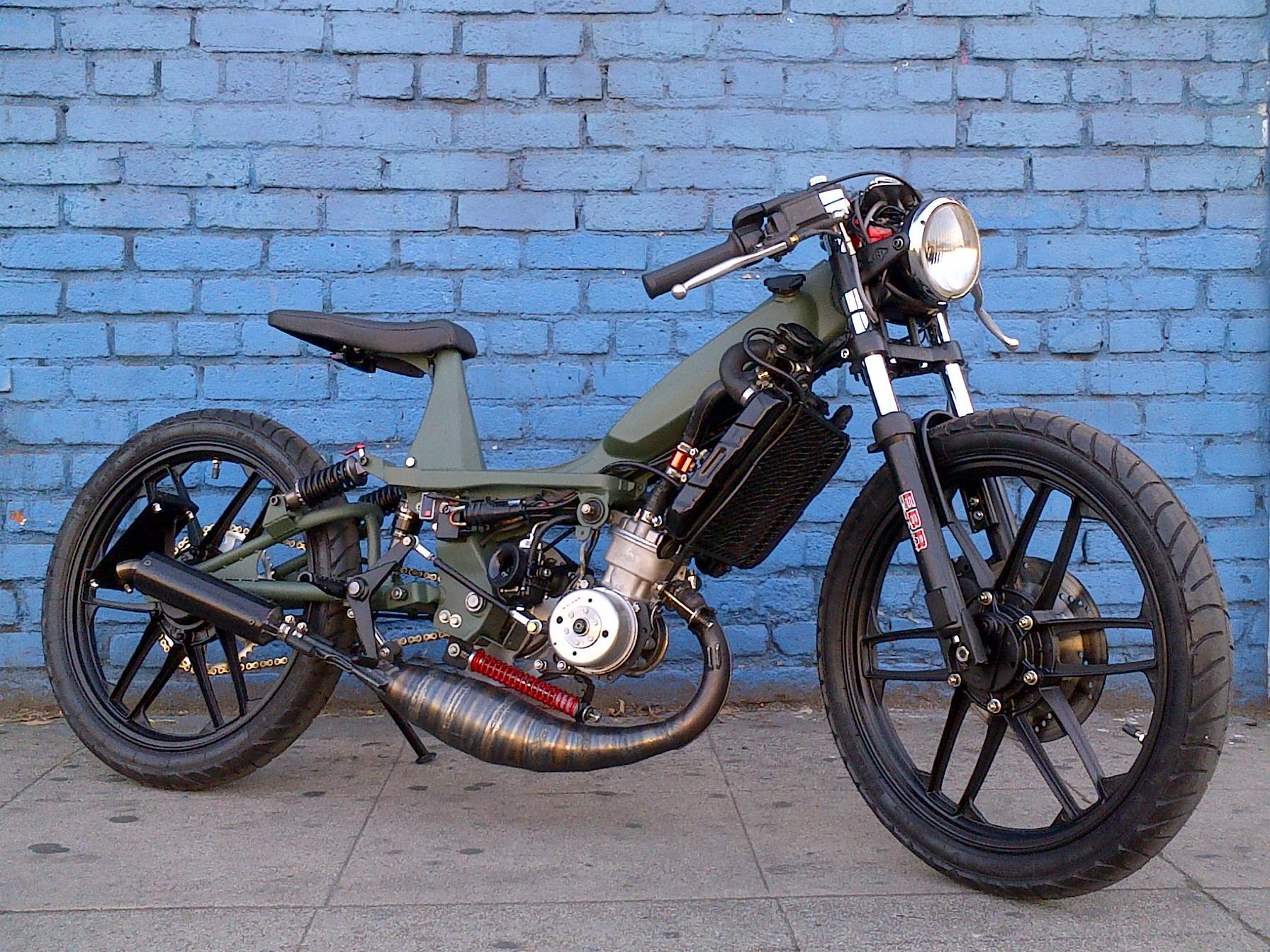 mbk 51 mg street fighter tomahawk mopeds. Black Bedroom Furniture Sets. Home Design Ideas