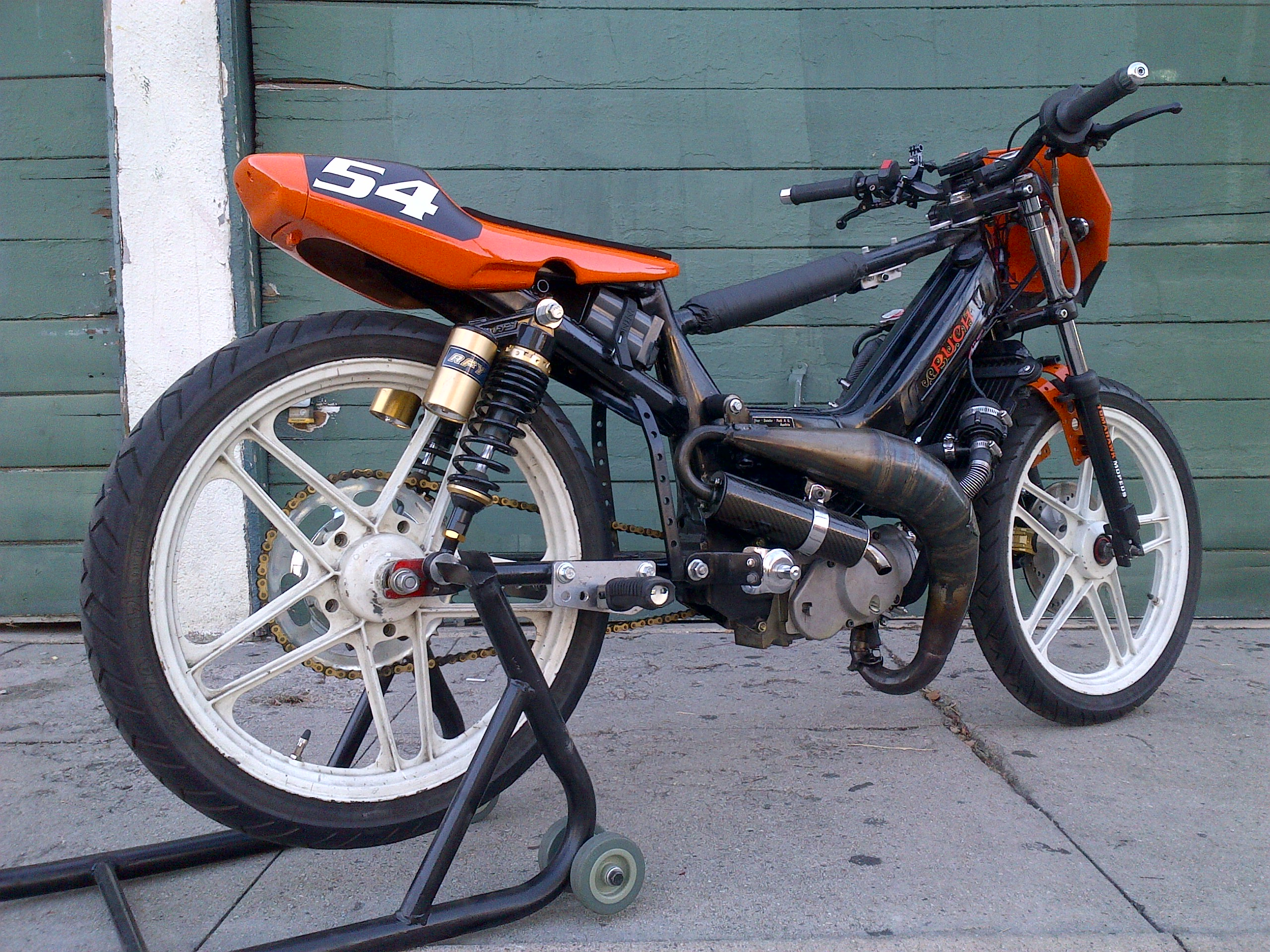 puch maxi 54cc h20 bike sold 3 500 tomahawk mopeds. Black Bedroom Furniture Sets. Home Design Ideas